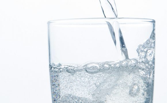 Sparkling Water Can Ruin Our Teeth?
