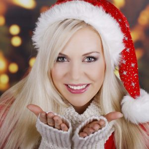 Make your smile sparkle this Christmas with teeth whitening